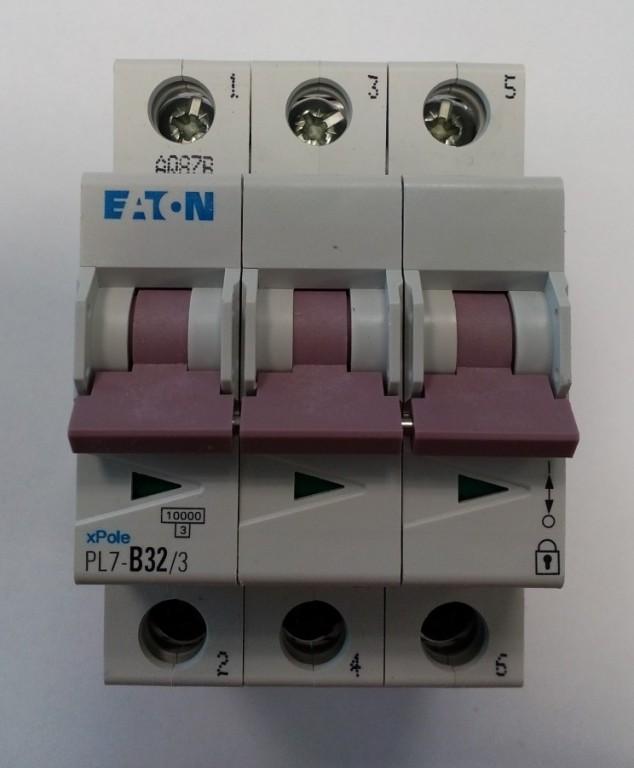 Jistič EATON PL7-B32/3 - 263392