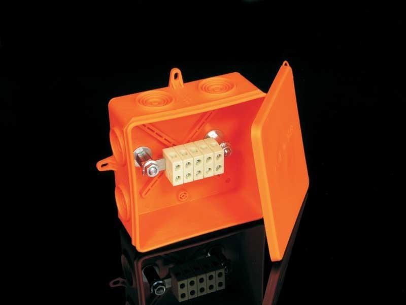Krabice PO 8135 IP54 105x105x40 požárně odolná vč.svorkovnice