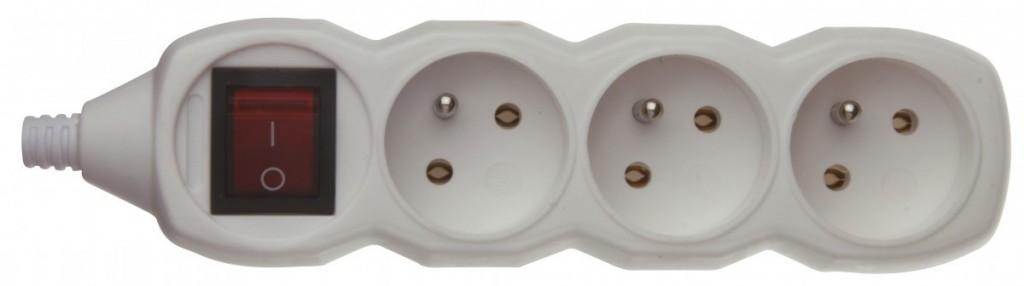 Samostatná 3 zásuvka s vypínačem - P1300