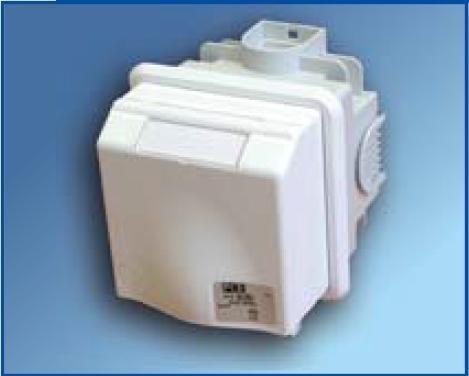 Zásuvka pod omítku PCE 16A 5p 6h IP44 885-6v